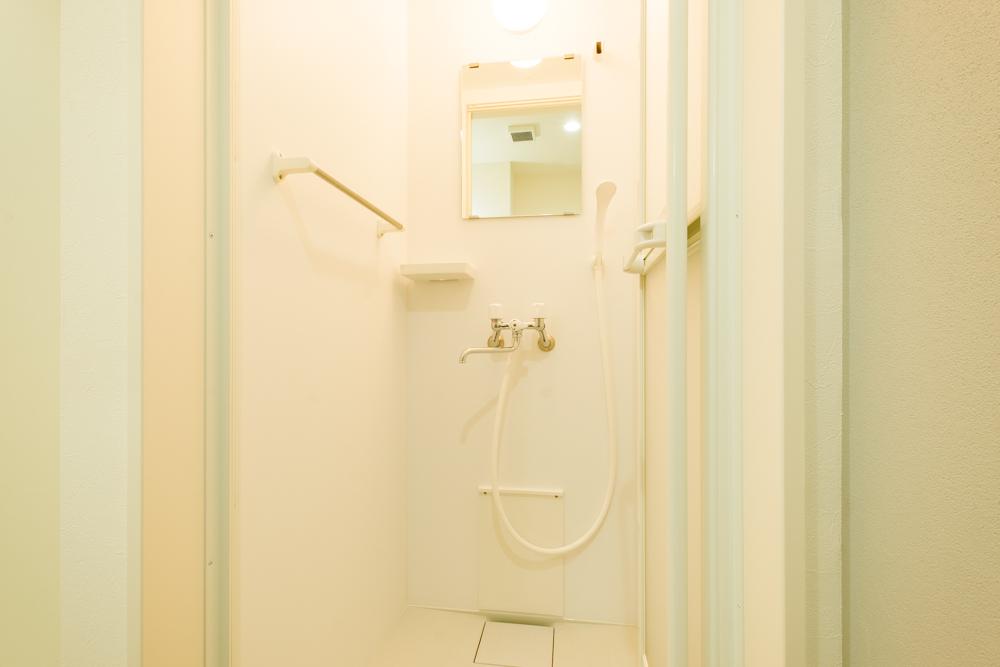 シャワーユニット
